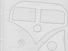Ich denke, ich bin nicht die Einzige, die ständig total süße Sachen mit VW-Bussen sieht. Vor allem bei Pinterest wird mein Feed damit überschwemmt. Also habe ich mir eine kleine Schablone entworfen…