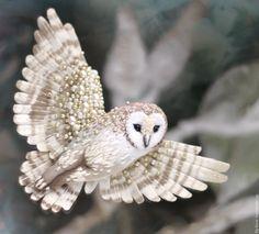 Купить брошь - сова Сипуха - птица, миниатюра, маленькая брошь, на платье, брошка, подарок девушке