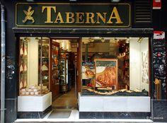 Pamplona - Taberna    Panadería pastelería Taberna, en la Calle Pozoblanco.