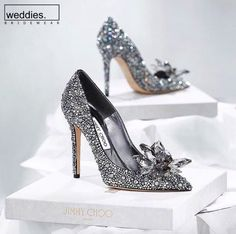 Weddings Fashion Love Couture: Every girl needs a pair of these Cinderella . High Heels, Shoes Heels, Pumps, Vogue Fashion, Fashion Shoes, Diamond Shoes, Love Couture, Princess Aesthetic, Every Girl