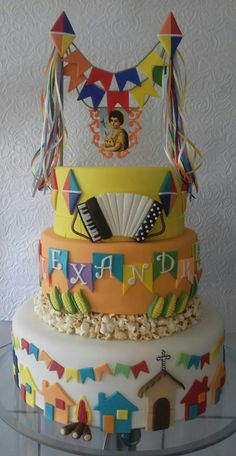 FESTA JUNINA Happy Birthday, Birthday Cake, Pasta, Cupcake Cookies, Cakes And More, Cake Art, Cake Designs, Amazing Cakes, Biscuits