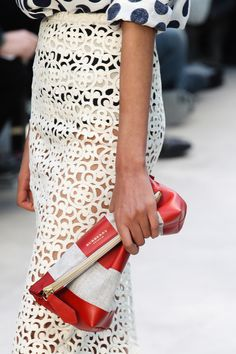 Burberry Prorsum Spring 2014 RTW - Details - Fashion Week - Runway, Fashion Shows and Collections - Vogue