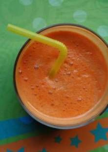 Jus détox (pomme, carotte et céleri)