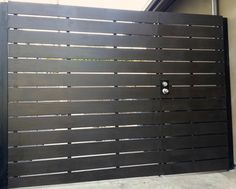 Horizontal Driveway Gate - Contemporary - Exterior - los angeles ...