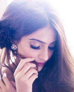 Bollywood beauty! ♥ Sonam Kapoor!