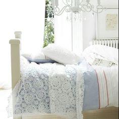 Lovely lace bedlinen