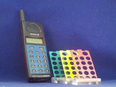 Ericsson GA 628, dit was mijn eerste mobieltje. Onverwoestbaar! Old Cell Phones, Mobile Phones, Electronic Devices, Walkie Talkie, Portable, Was, Technology, Retro, Nostalgia