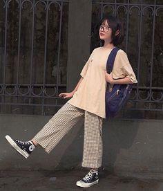 Teen Fashion Outfits, Modest Fashion, Outfits For Teens, Look Fashion, Cool Outfits, Pretty Outfits, Baggy Clothes, Korean Street Fashion, Aesthetic Clothes
