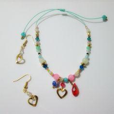 Conjunto Todo mi amor Materiales: Hilo color menta, accesorios en oro goldfield, perlas y accesorios de vidrio, gota de murano facetada, mur...