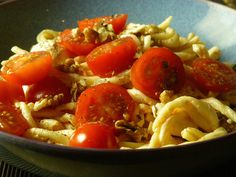 Trofie, tomatoes and mozarella with a cream cheese dressing