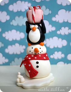 cute penguin and snowman stack totem polymer clay porcelana fria pasta francesa masa flexible fimo gum paste pasta goma modelado figurine modelling topper biscuit