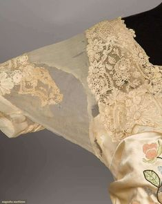 Trained Gowns (image 7) | 1912 | satin, Brussels lace | Augusta Auctions | April 20, 2016/Lot 205