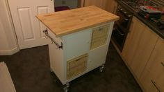 IKEA Hackers - Expedit Kitchen Island