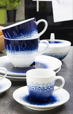 Maine Mug en porcelaine Blue Hour, Tea Time, Mugs, Tableware, Blue Patterns, White Porcelain, Plate, Lineup, Dinnerware
