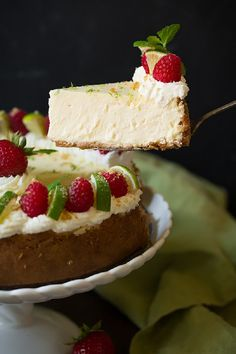 Key Lime Cheesecake - 14 Dainty Cheesecake Recipe Ideas for a Truly Sweet Gathering