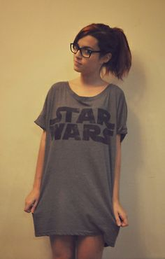 Star Wars T-Shirt. Star Wars Girl. #starwars #starwarsgirl I wouldn't mind