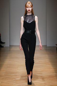 Aquilano.Rimondi Fall 2017 Ready-to-Wear Fashion Show - Lululeika Ravn Liep