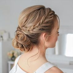 Double Fishtail French Braid Updo 🎥 Tag a friend 👭 that needs some hair ideas for homecoming! Ball Hairstyles, Braided Bun Hairstyles, Braided Updo, Bride Hairstyles, Messy Braid Buns, Braided Crown, Hairstyle Ideas, French Braid Updo, Waterfall Braid Updo