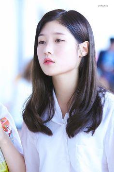#Chaeyeon #IOI #DIA #채연 #아이오아이 #다이아 South Korean Girls, Korean Girl Groups, Korean Beauty, Asian Beauty, Jung Chaeyeon, Ioi, Ulzzang Girl, Pretty Woman, Kpop Girls