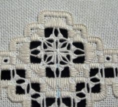 Embroidery Designs, Types Of Embroidery, Learn Embroidery, Embroidery Patterns Free, Embroidery For Beginners, Embroidery Stitches, Cross Stitches, Geek Perler, Bookmark Craft