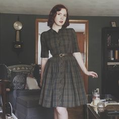 Likes, 59 Comments - The Pinup Companion ( on Moda Vintage, Vintage Mode, Vintage Outfits, Vintage Dresses, Pretty Outfits, Cool Outfits, Fashion Outfits, Style Retro, My Style