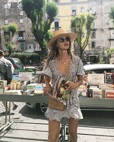 New resort wear holiday fashion brands:Lack of Color Hats Fashion Mode, Look Fashion, Fashion Brands, Fashion Designers, Chloe Fashion, Fashion Music, Womens Fashion, Ladies Fashion, Fashion Photo