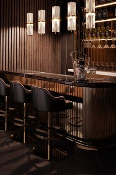 Bar interior design can give you the finest lighting inspiration. #modernchandeliersblog #lifestylebyluxxu #luxxumoderndesignliving #luxurydecoration #luxury #bar #designideas #bardesign #lighting #interiordesign Luxury Bar, Luxury Decor, Bar Interior Design, Modern Chandelier, Restaurant, Dining, Lighting, Inspiration, Furniture