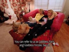 the simple life - paris hilton - nicole richie Paris And Nicole, Simple Life Quotes, Give Directions, Valley Girls, Mood Pics, Girl Humor, Meaningful Quotes, Reality Tv, Reaction Pictures
