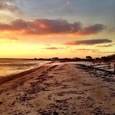 I swear Cape Cod has the best sunsets in the world. Where is YOUR favorite place to watch the sunset on the Cape? #capecodphotography