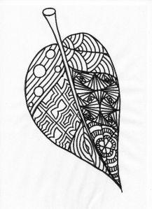la feuille à colorier dans les couleurs de l'automne, pour notre arbre collectif... à photocopier en A5