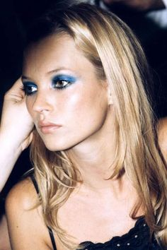 37 New ideas photography model face kate moss Eye Makeup Tips, Smokey Eye Makeup, Makeup Inspo, Beauty Makeup, Hair Makeup, Hair Beauty, Makeup Style, Makeup Ideas, Blue Smokey Eye