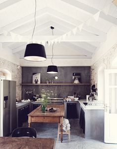 FleaingFrance.....space to create.  kitchen.  home decor and interior decorating ideas.  vaulted ceiling.