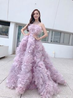 Snsd, Seohyun, Girls' Generation Tiffany, Girls Generation, Haute Couture Dresses, Couture Fashion, Women's Fashion, Love Island Outfits, Jessica Jung Fashion