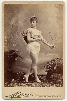 Danseuses burlesques de lépoque victorienne  2Tout2Rien