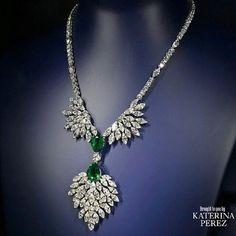 Sapphire Necklace, Diamond Pendant Necklace, Diamond Necklaces, Ruby Pendant, Gold Necklaces, Emerald Jewelry, Diamond Jewelry, Emerald Rings, Ruby Rings