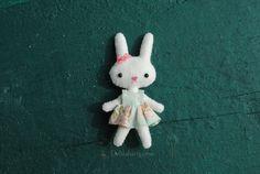 miniature felt bunny doll pattern