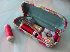 glasses case sewing kit. This does work. I recommend Gingher Featherweight Thread Clippers b/c they have a lid and are thin like a seam ripper.