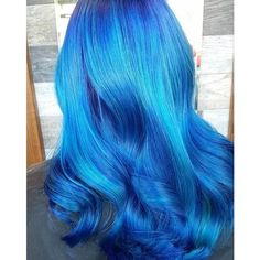21 Bold and Beautiful Blue Ombre Hair Color Ideas Blue hair – we love it and according to everywhere we look, so do you too! With everyone opting for bright and bold, beautiful hair these days, it makes sense to pay a little bit more attention to Hair Dye Colors, Ombre Hair Color, Cool Hair Color, Blue Ombre, Coloured Hair, Dye My Hair, Grunge Hair, Crazy Hair, Green Hair