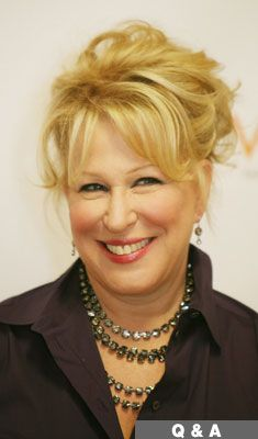 Bette Midler - Entertainer Extraordinaire
