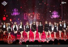 Stage Outfits, Kpop Outfits, Doja Cat, Japanese Girl Group, Ulzzang Fashion, The Wiz, Going Crazy, Kpop Groups, Covergirl