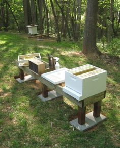beehive stand | ... hives are on the new stand i get rid of farmer bob s old rickety stand