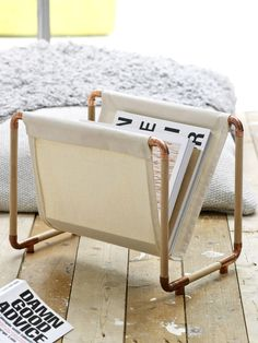 DIY - Do It Yourself: Ideen zum Selbermachen The most beautiful DIY ideas - with instructions for do Diy Interior, Copper Diy, Copper Pipes, Do It Yourself Couch, Diy Magazine Holder, Magazine Racks, Genius Ideas, Diy Pipe, Diy Furniture Couch