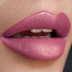 AMBERLY SILK LIPSTICK SHADY LADY - Silk Lipstick - Lepper - Makeup Purse Your Lips, Shady Lady, Pure Beauty, Makeup Addict, Makeup Inspiration, Lip Gloss, Addiction, Make Up, Lipstick