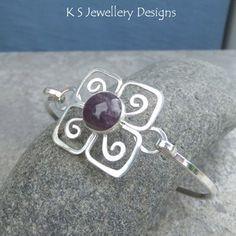 Amethyst Flower Sterling Silver Bangle - Gemstone Bracelet - Metalwork