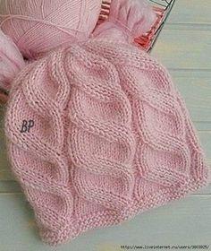 Красивый узор 'Диагональные косы' для шапки спицами