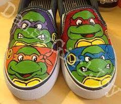 Resultado de imagen de zapatillas pintadas chico