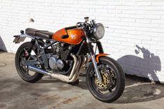 Kawasaki Zephyr 550:: La mal querida:: ÑRT Classics. | 8negro