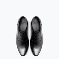 1be1efa33bb0b6 Image 4 of LEATHER OXFORD SHOE WITH ELASTIC DETAIL from Zara