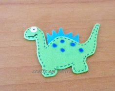 how to do a felt dinossaur