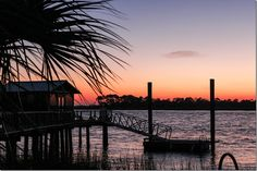 The best things to see, eat, and do in Tybee island, GA. Dream vacation spot!